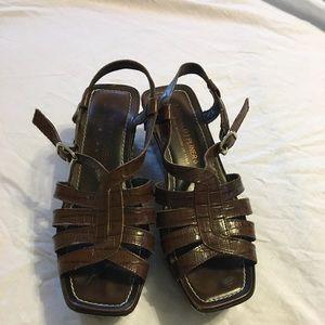 Donald J Pliner Wedge shoe